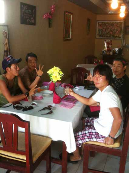 bali2011_member