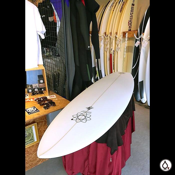 このボードのデータからデザイン。ATOM Surfboard dab mods.