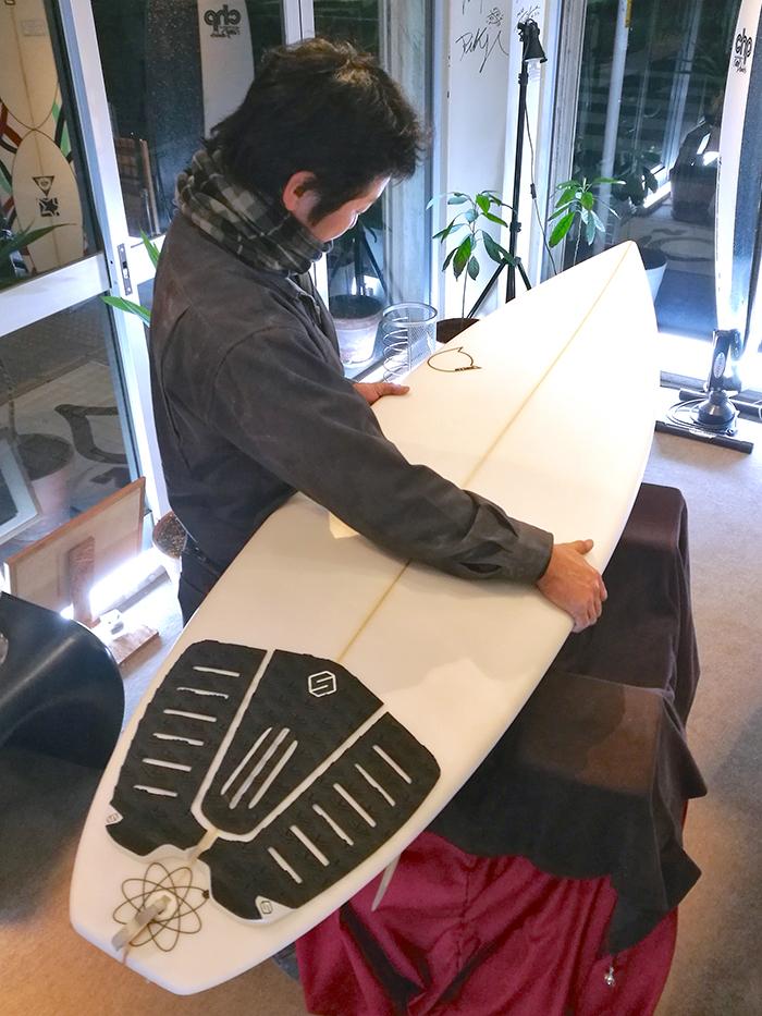 ATOM Surfboard SquawkerモデルをオーダーされたCさん