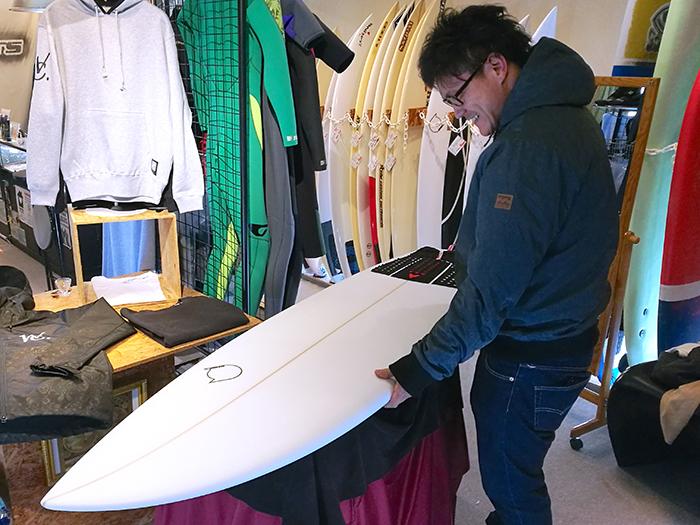 ATOM Surfboard SquawkerモデルをオーダーされたBさん