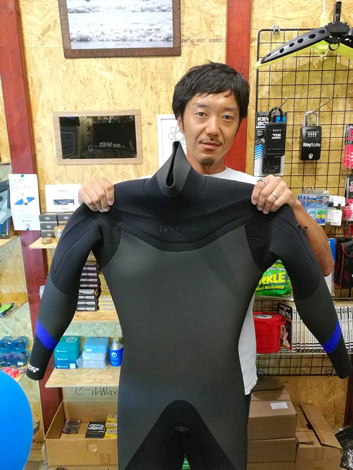 BlackSuits Chest ZipモデルをオーダーされたCさん