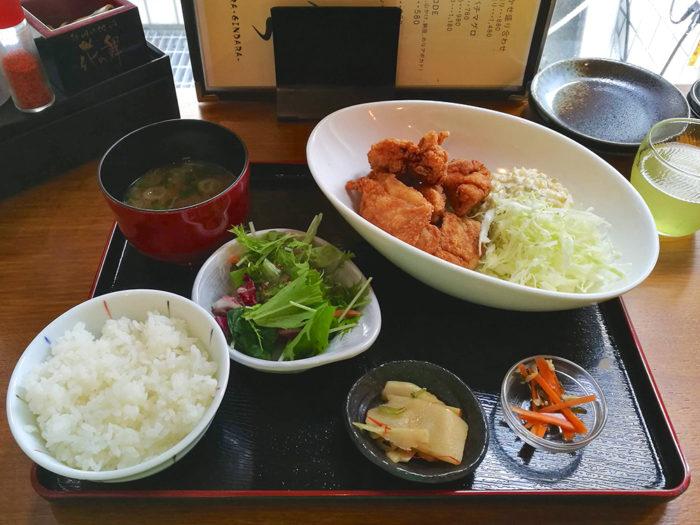 鶏の唐揚げ定食タルタル