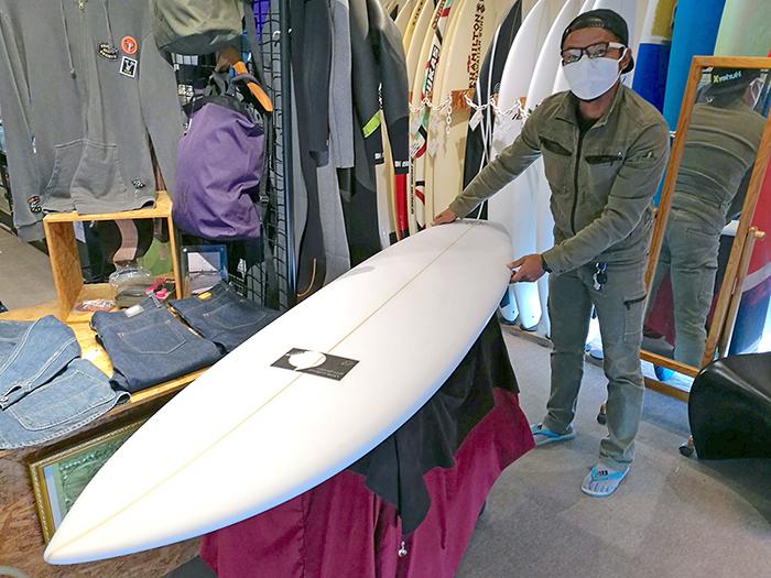 ATOM Surfboard Y.F.D.モデルをオーダーされたCさん